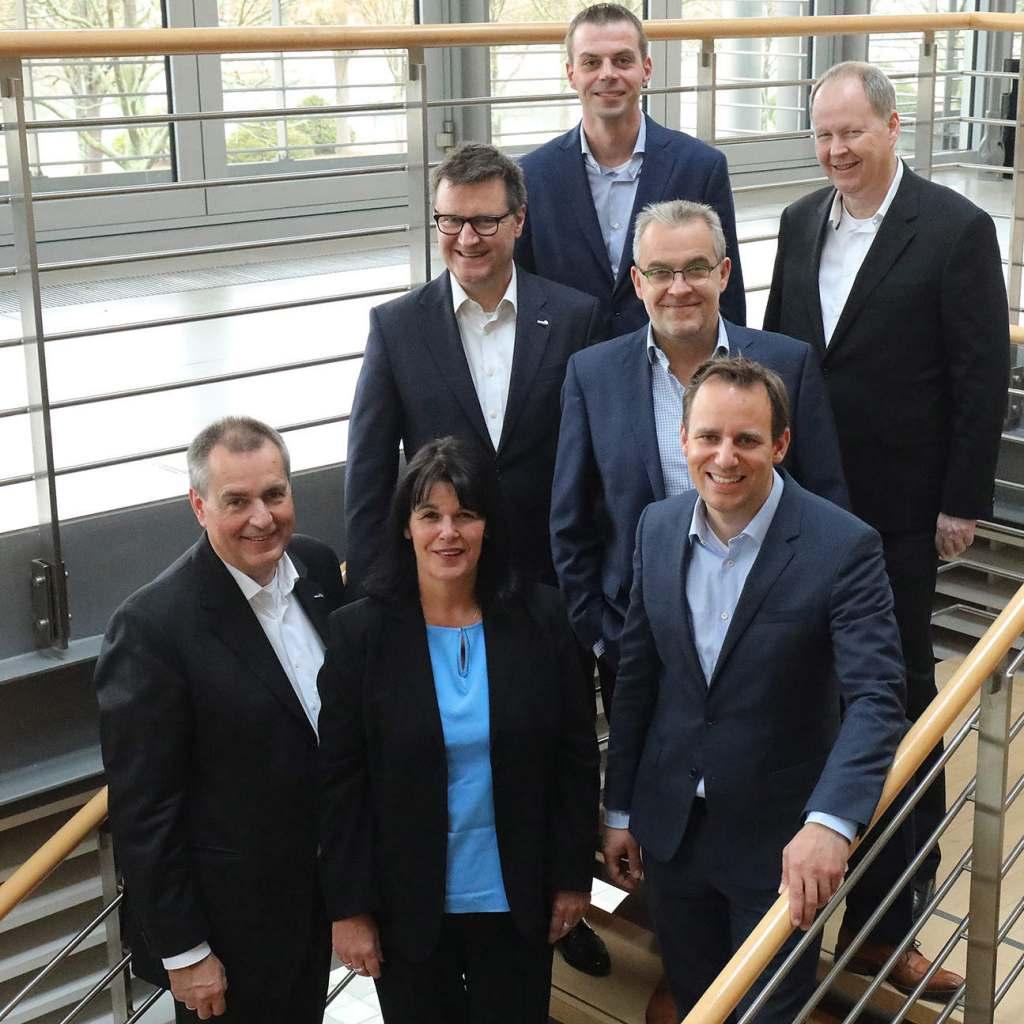 Der Euronics Aufsichtsrat stellte sich anlässlich der Generalversammlung in Leipzig den Fotografen.