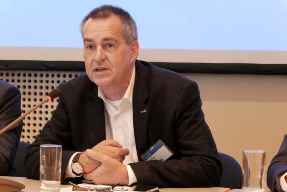 Dirk Wittmer gab die Ergebnisse zur Wahl des Aufsichtsrats bekannt. Er selbst ist erneut zum Vorsitzenden des Kontrollgremiums gekürt worden.