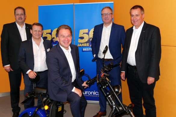 Das Führungsteam von Euronics als Promoter für das Thema Elektromobilität.