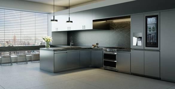 LG SIGNATURE Kühlschrank mit glatter und metallischer Oberfläche