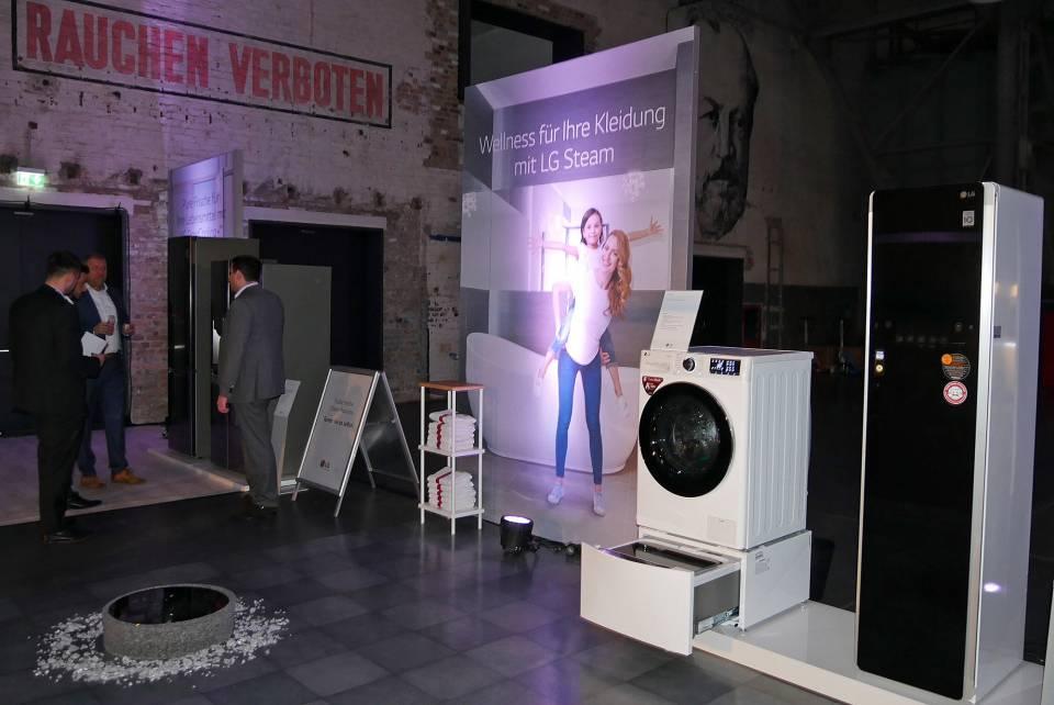 Eine starke Marke mit starken Produkten on tour: Auftakt der LG Roadshow in Köln.