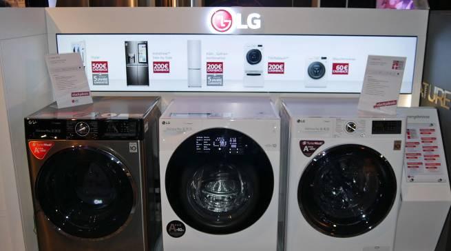 """Aufmerksamkeitsstrake """"digitale"""" Präsentation für den Handel: #luckydeals-Modelle für die """"Waschküche""""."""