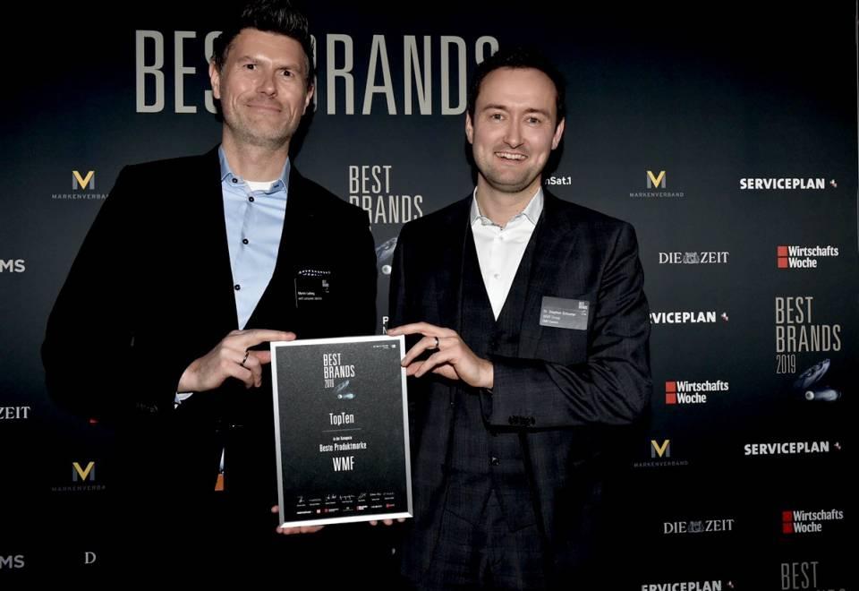 Freuen sich über die Auszeichnung für WMF (v.re.): Dr. Stephen Schuster (Vice President Brand Marketing Product Communications) und Martin Ludwig (Senior Vice President International Strategy.