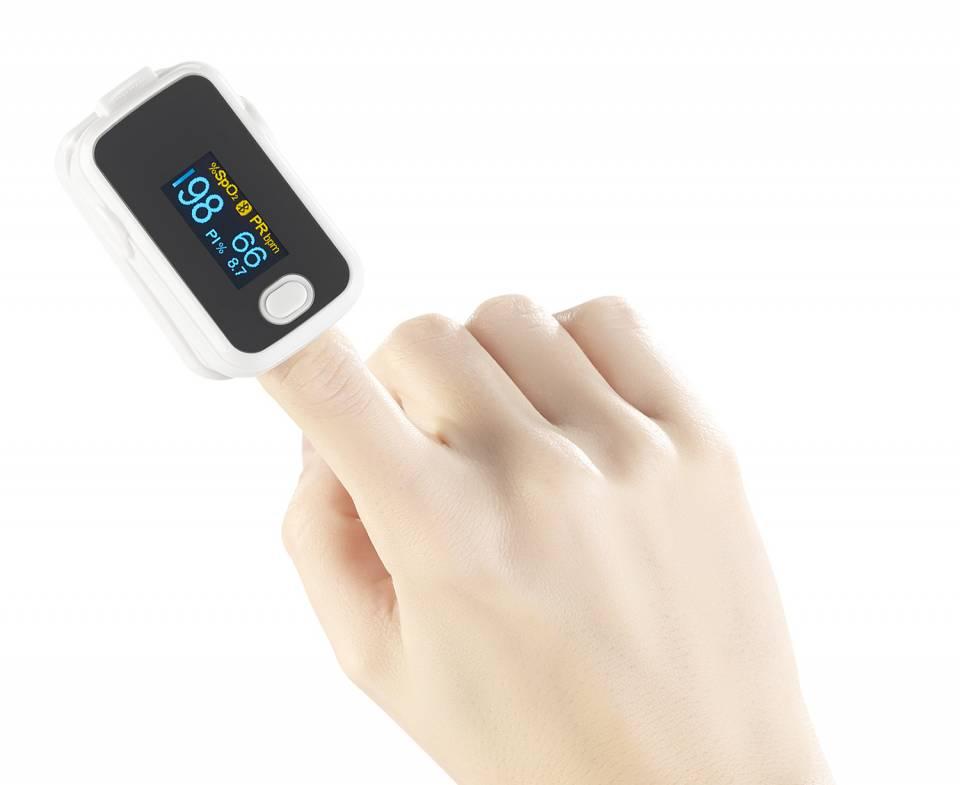 newgen medicals Pulsoximeter als Fingermessgerät.