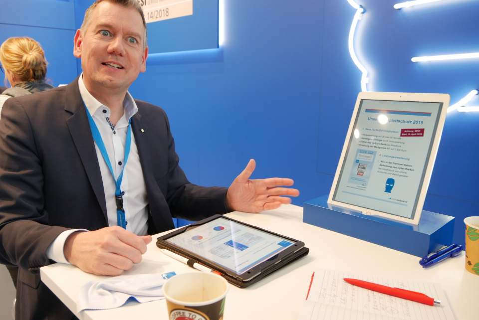 """Thilo Dröge, Geschäftsführer der Wertgarantie Vertriebs GmbH: """"Mit den tariflichen Anpassungen orientieren wir uns an den Wünschen unserer Fachhandelspartner und der gemeinsamen Zielgruppe – und sorgen gleichzeitig für Ersparnisse bei unseren Kunden."""""""