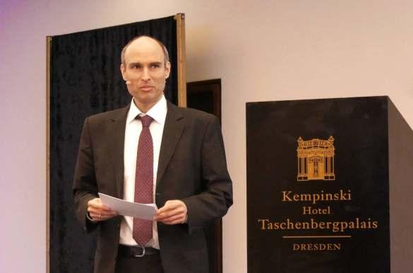 Steffen Kahnt, Geschäftsführer des BVT Handelsverband Technik moderierte den Branchendialog.