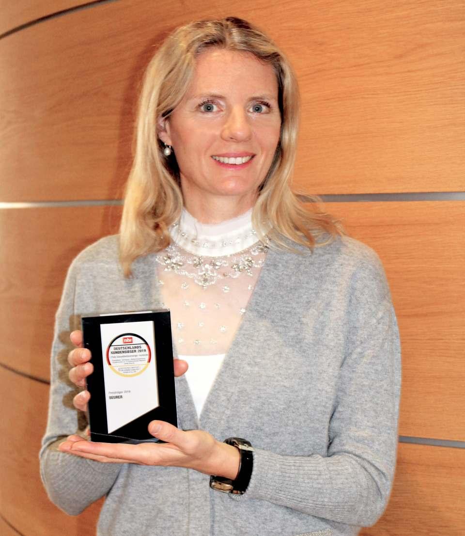 """Freut sich über die Auszeichnung als """"Deutschlands Kundensieger 2019"""": Marketingleiterin Kerstin Glanzer"""