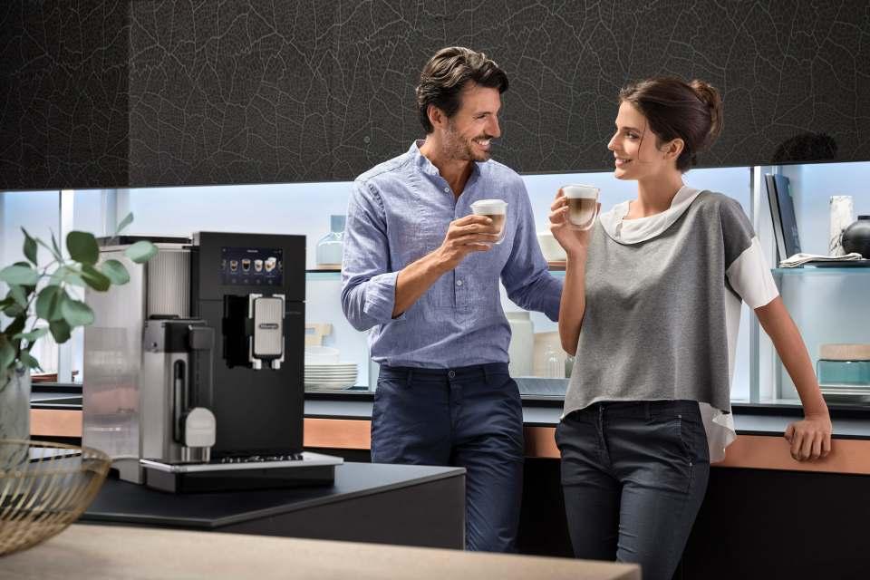 Kaffee-Highlight 2019: der Kaffeevollautomat Maestosa von De'Longhi