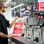 """Jetzt auch im stationären Handel: """"Miet mich"""" bei MediaMarkt."""