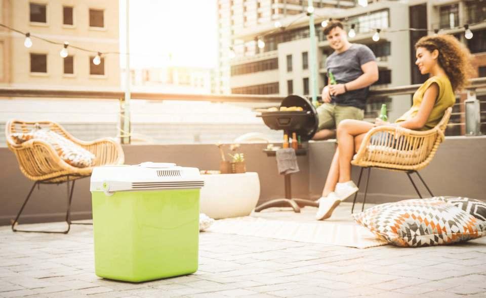 Sommer in der Großstadt: City-Grillen mit Severin und passender Kühlbox.