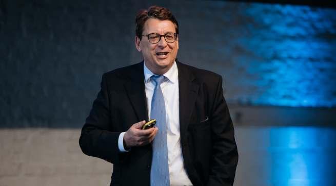 Dr. Stephan Fanderl, Vorsitzender der Geschäftsführung von Galeria Karstadt Kaufhof, beschrieb seine Vision vom vernetzten Marktplatz der Zukunft.