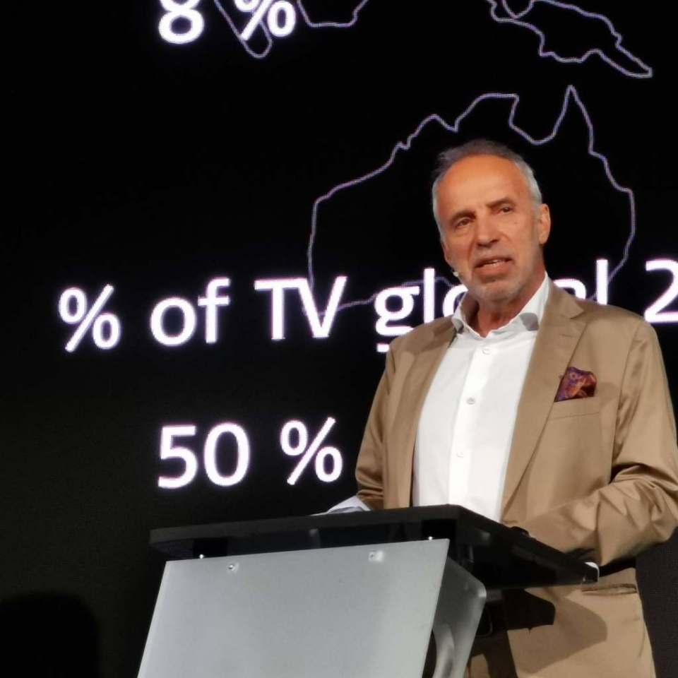 Hans-Joachim Kamp, Aufsichtsratsvorsitzender der gfu, sieht zur IFA 2019 einen Trend der Sprachsteuerung im Bereich der Consumer Electronics.