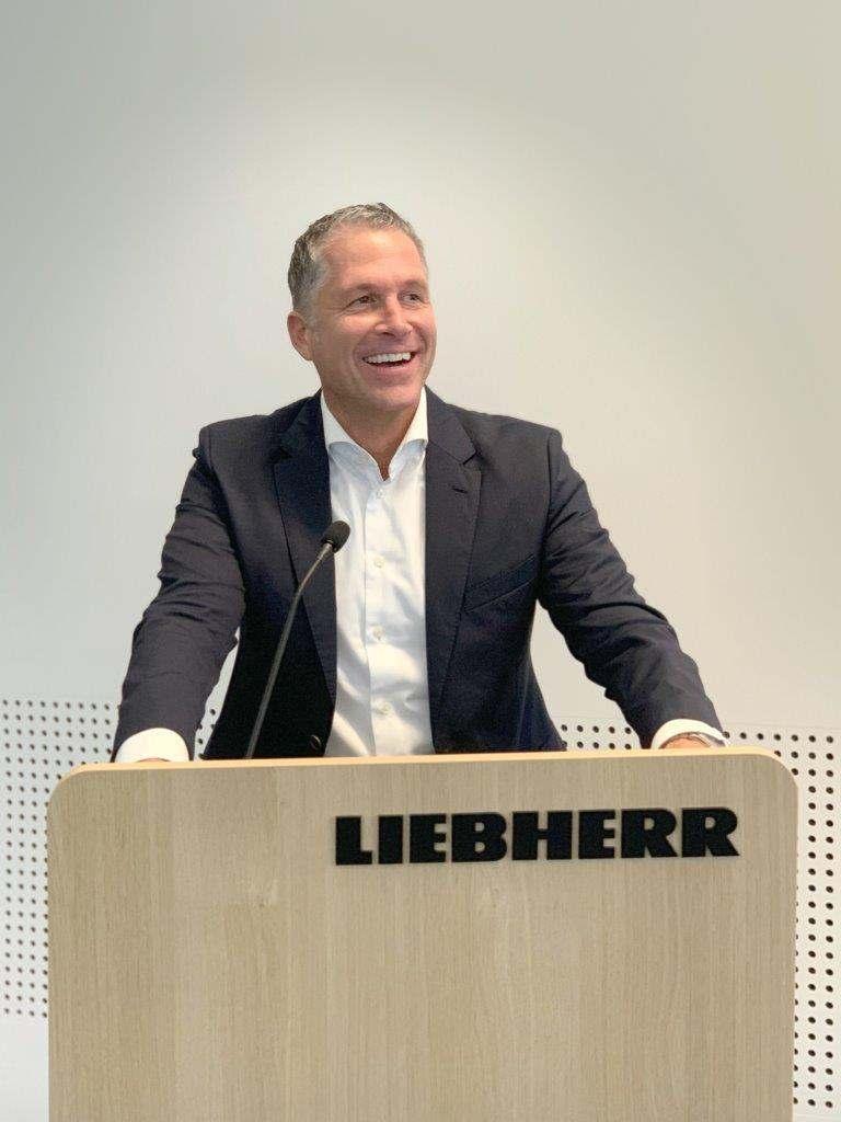 Steffen Nagel, Geschäftsführer für Sales und Marketing, schwärmt vom architektonischen Gesamtkonzept.