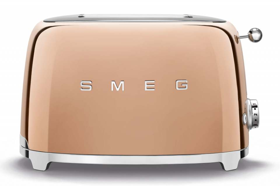 Smeg Toaster TSF01, als Sonderedition in funkelnder Gold- und Rosegold-Optik.