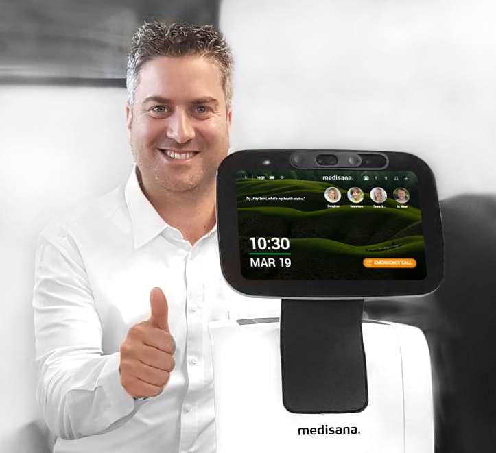 """Rafael Aviram: """"Wir sind davon überzeugt, dass der Home Care Roboter für uns ein globales Thema ist."""""""