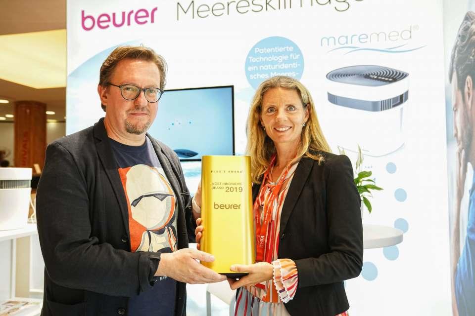 Kerstin Glanzer und Frank Kreif bei der Preisübergabe. (Foto: Messe Berlin)