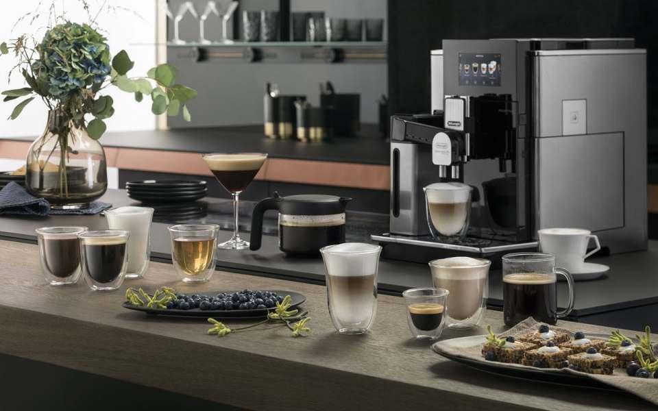 Der erste Kaffeevollautomat von De'Longhi mit Manufakturcharakter: Maestosa.