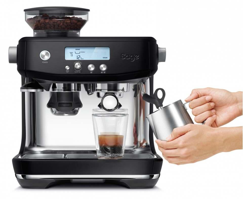Sage Produkterweiterung: Manuelle Espressomaschine the Barista Pro in Black Truffle.