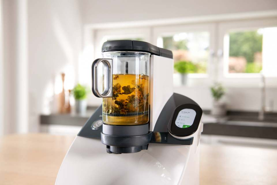 Sorgenkind: Das Temial-Teegerät vereint traditionelle Teezubereitung mit modernster Technik.