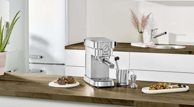 Für Espresso-Liebhaber: Edelstahl-Siebträgermaschine Espresa Plus