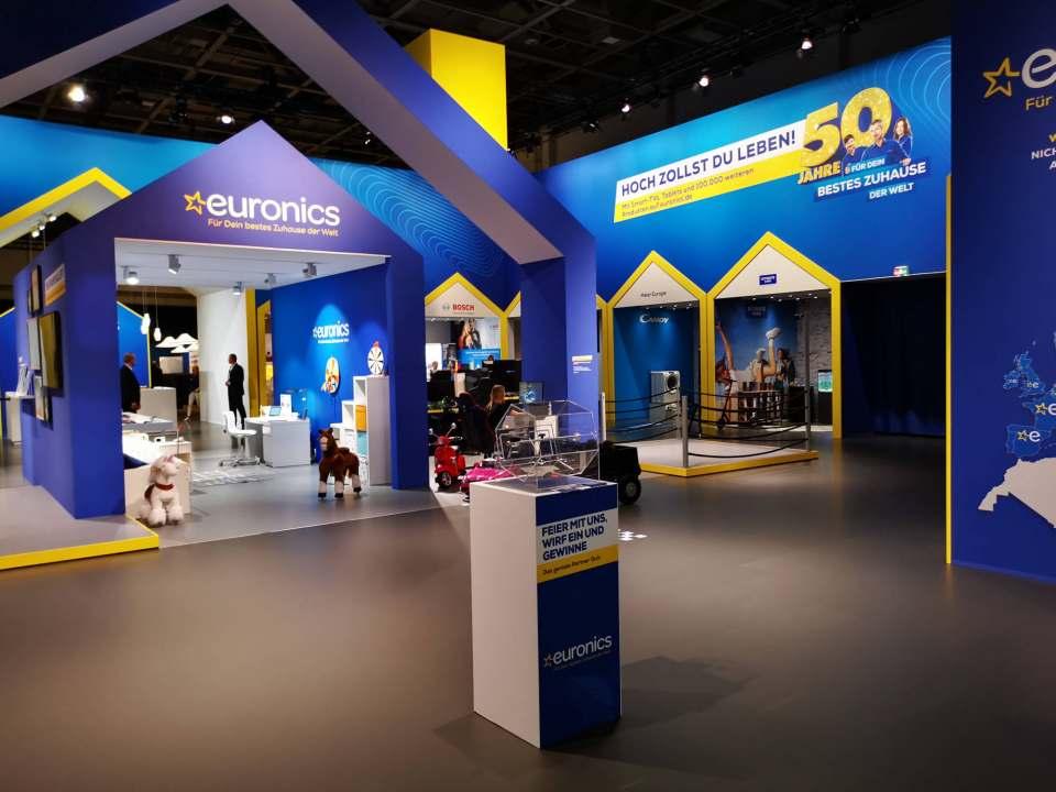 Neuer Look: der Euronics Messestand im neuen Corporate Design in Halle 23.