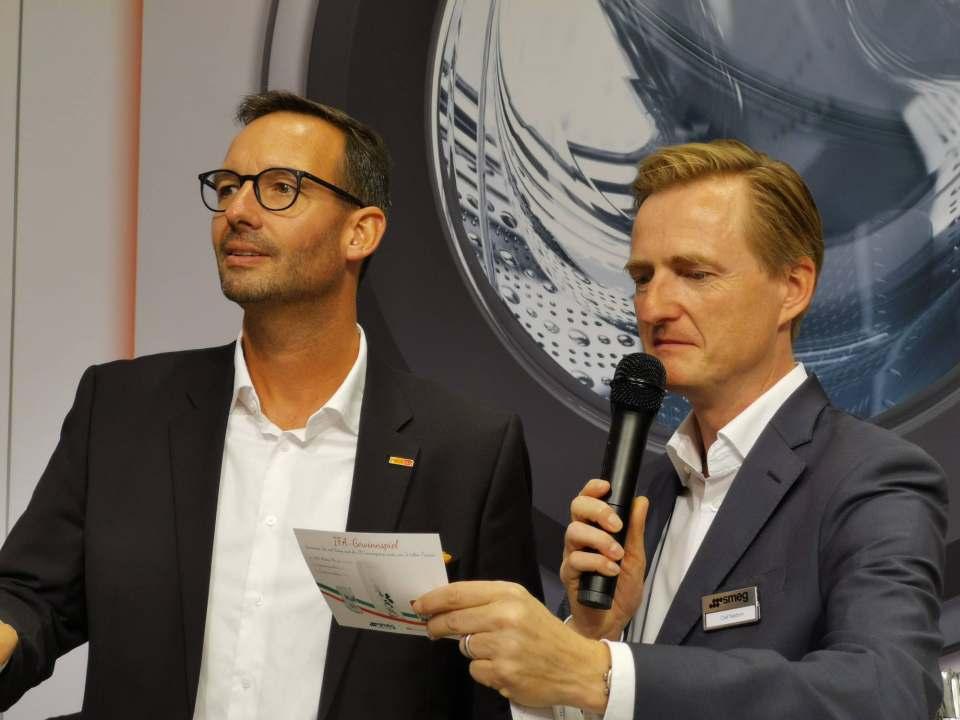 Gastgeber für die Händler am Samstagabend (v.l.): Martin Wolf (electroplus) und Olaf Nedorn (Smeg).