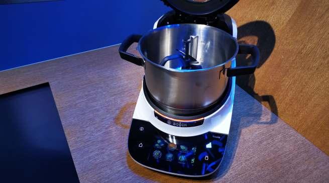Cookit - Boschs erste vernetzte Multifunktions-Küchenmaschine mit Kochfunktion.