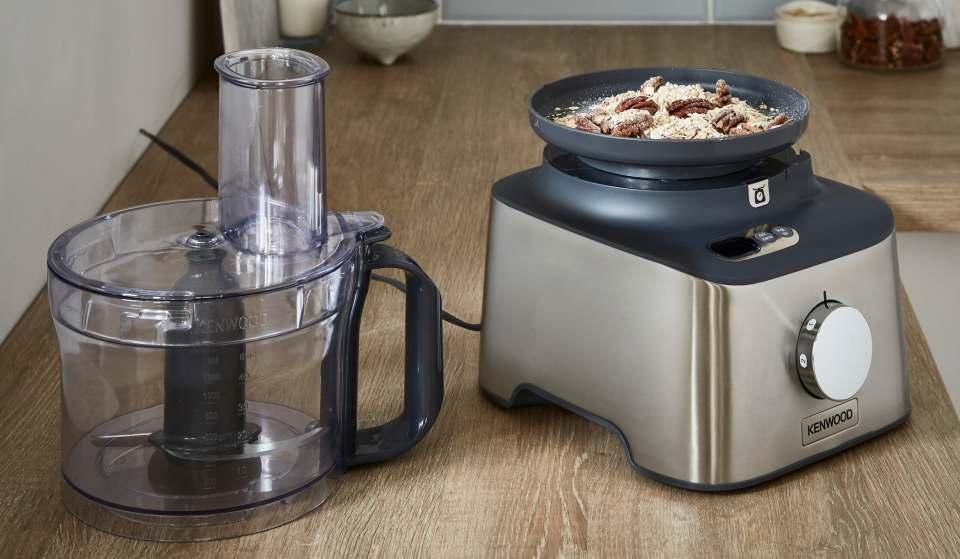 Kenwood Kompaktküchenmaschine Multipro Compact+ mit integrierter Waage.