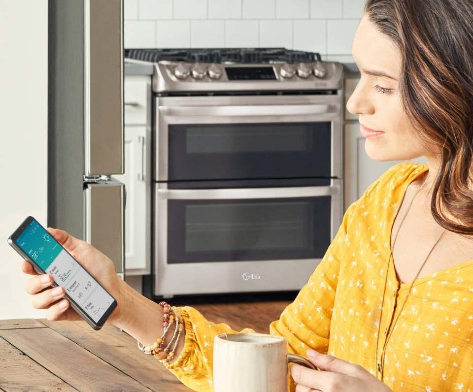 LG bietet Gerätemanagement via Sprachsteuerung.