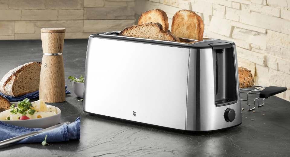 WMF Bueno Pro Doppel-Langschlitz-Toaster mit Platz für 4 Toastscheiben.