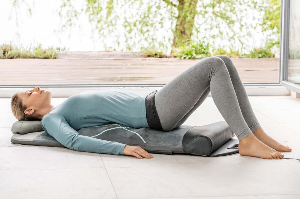 Beurer Yoga- und Stretchmatte MG 280 für Dehnung und Massage.