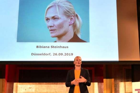 """Bibiana Steinhaus: """"Mut kann man lernen, Entscheiden kann man lernen."""""""