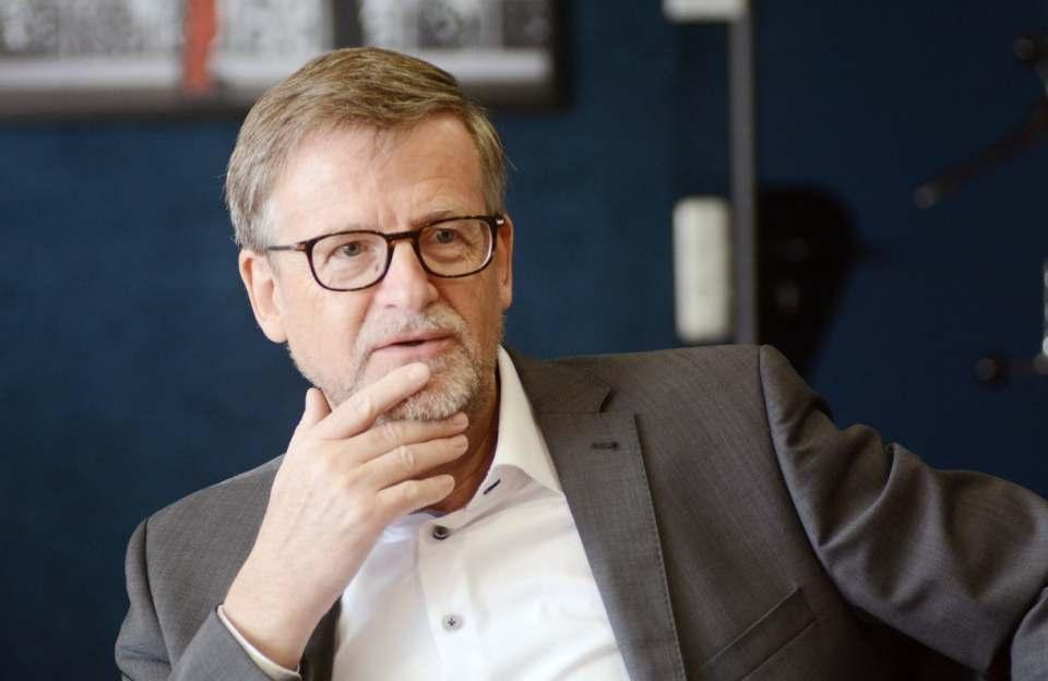 Musste nach sieben Monaten gestern wieder die Koffer packen: Ceconomy CEO Jörn Werner.