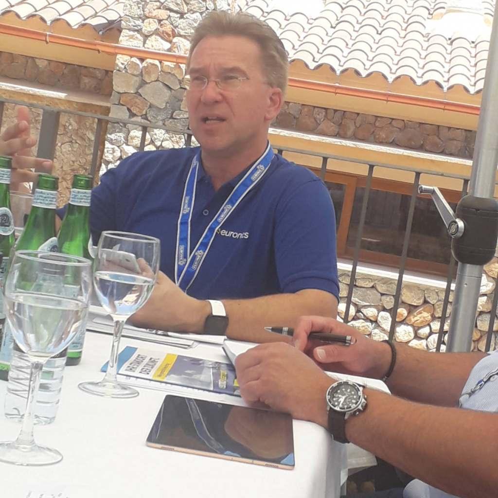 Benedict Kober im infoboard.de-Interview, hier anlässlich der Sommer Convention im Juni auf Mallorca.