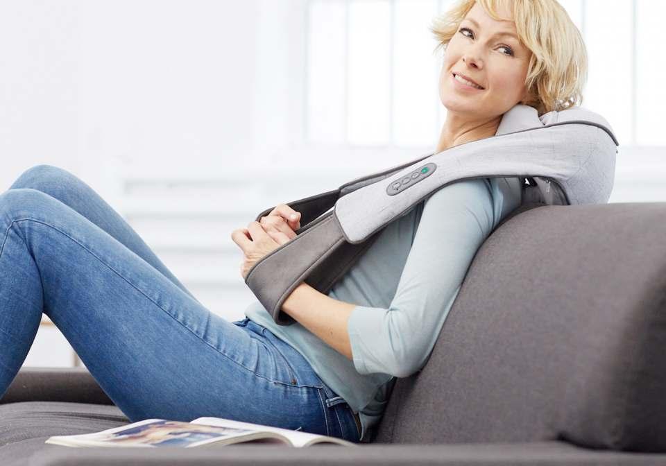 Medisana Nackenmassagegerät NM 890 für Nacken, Schultern, Rücken, Bauch, Beine.