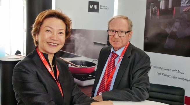 Die beiden Miji-Geschäftsführer Can Yue Maeck und Walter Michel blicken auf ein ereignisreiches Jahr 2019 zurück.