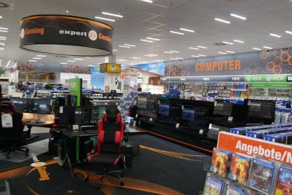 Attraktiver Anziehungspunkt: Ein besonderes Highlight bildet die 100 Quadratmeter große Gaming-Welt.