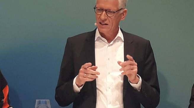 """""""Es ist uns gelungen, den negativen Trend bei der Profitabilität zu stoppen"""", Dr. Bernhard Düttmann."""