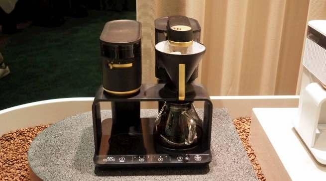 Ästhetisches Design und durchdachte Produktfeatures: Kaffeezubereitungssystem Epos von Melitta.