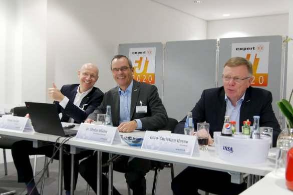 Der Vorstand der expert SE blickt zufrieden auf das Kalenderjahr 2019 zurück (v.l.): Frank Harder, Dr. Stefan Müller (Vorsitzender) und Gerd-Christian Hesse.