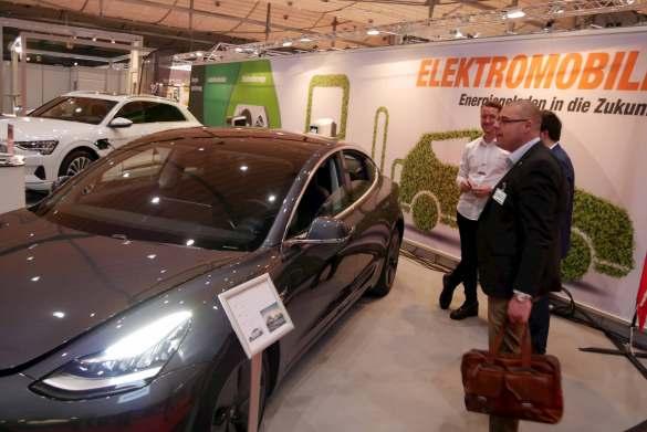 Das Thema E-Mobilität steht bei expert weiterhin hoch im Kurs.