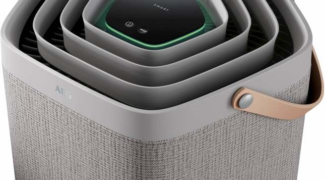 Mit einer sechsstufigen Farbskala können Anwender in der App oder direkt am Gerät die Luftqualität in Echtzeit ablesen.