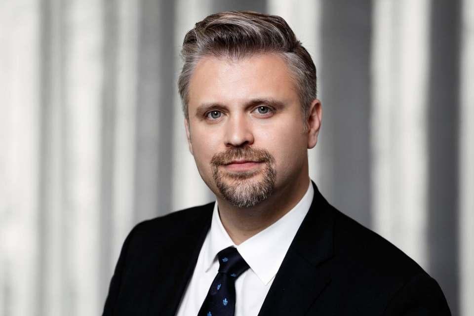 """Noch laufen (wenn auch teilweise eingeschränkt) Produktion und Belieferung des Handels: Volker Irle, Geschäftsführer der """"Arbeitsgemeinschaft Die moderne Küche""""."""