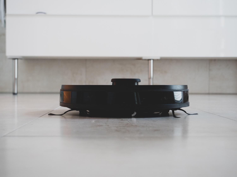 Ecovacs Deebot Ozmo 950 – Saugroboter im Test
