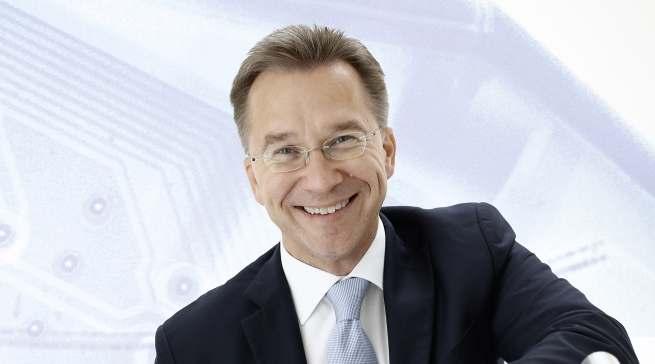 """""""Die Kunden merken derzeit stärker denn je, welche herausragenden Leistungen der stationäre Handel für ihre Region erbringt"""", sagt Euronics Vorstandssprecher Benedict Kober."""
