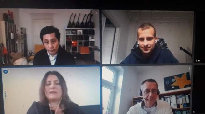 Lauter Erfolgsgeschichten (im Uhrzeigersinn von oben links: Jin Choi (Facebook), Johannes Kliesch (Snocks), Dirk Wittmer (Euronics) und Barbara Wittmann (LinkedIn).