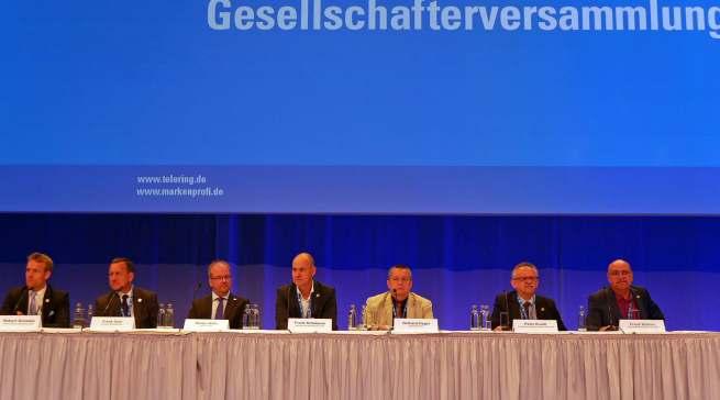 Vor zwei Jahren im Berliner Hotel Estrel, 2020 im Web: die Gesellschafterversammlung der telering.