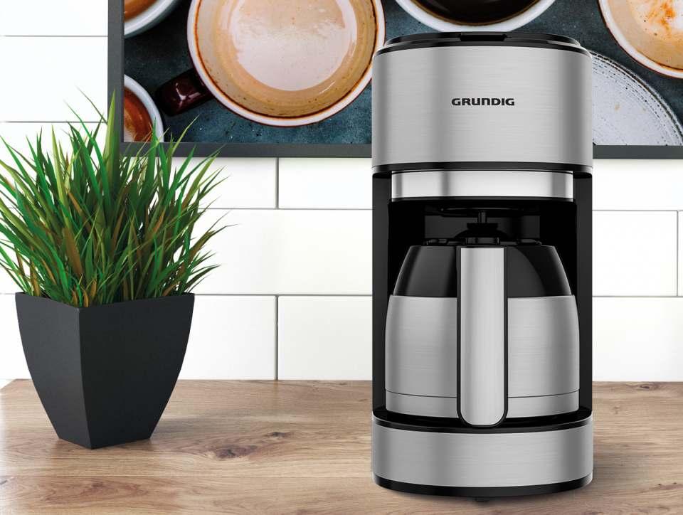 Grundig Kaffeemaschine KM 5620 T mit mit Thermoskanne.