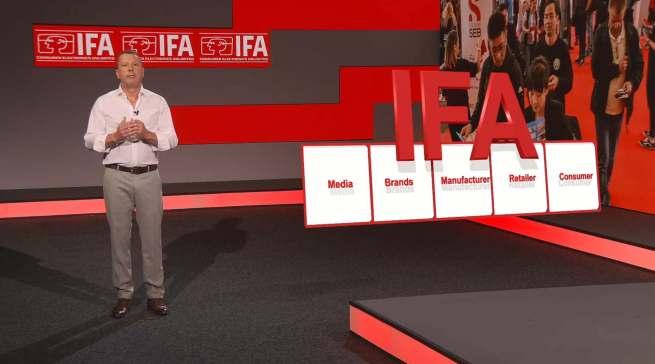 Jens Heithecker präsentiert die Zielgruppen der IFA.