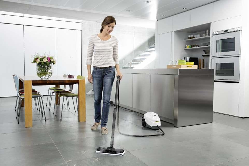 Zwei Drittel der Deutschen putzt mindestens einmal die Woche – 13% sogar täglich.